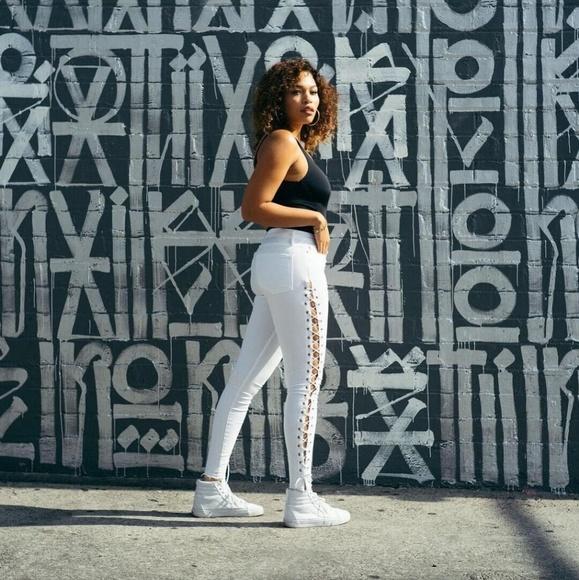 Good American Denim - Good American PLUS sz good legs lace up jeans NWT